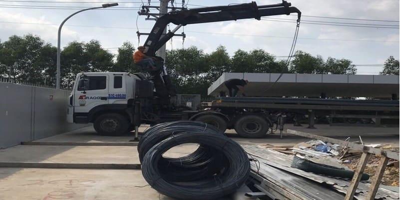 Vận chuyển sắt thép đi Bình Phước