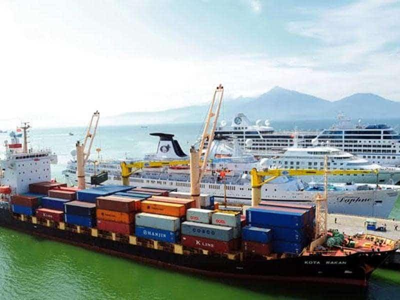 Vận chuyển hàng hóa bằng đường biển tại Sài Gòn