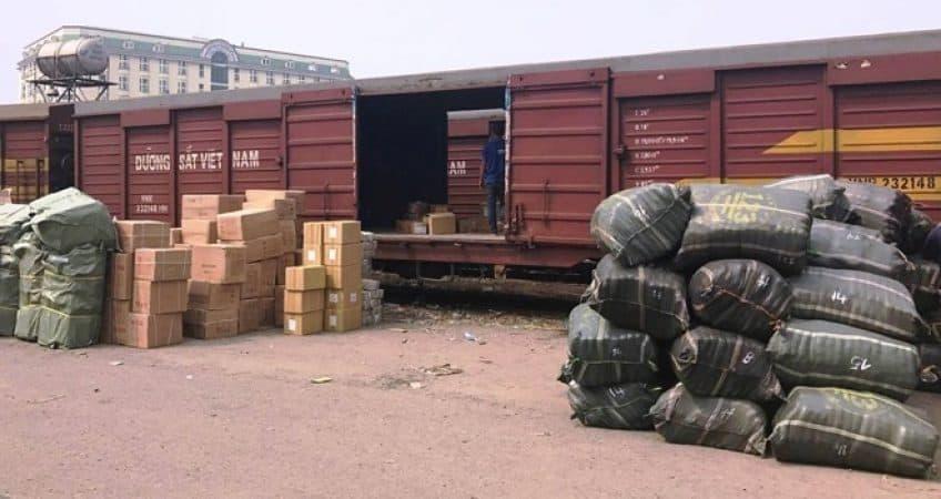 Vận chuyển hàng hóa bằng đường sắt ở Long An