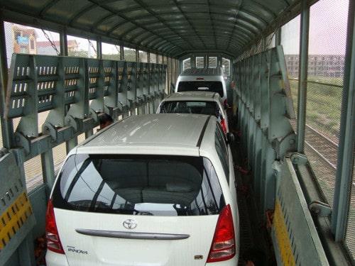 Gửi xe ô tô bằng đường sắt
