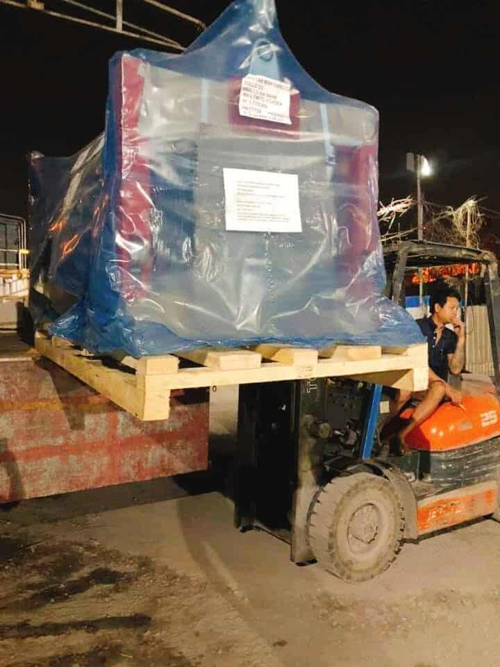 Chở máy xúc máy đào đi Đắk Lắk