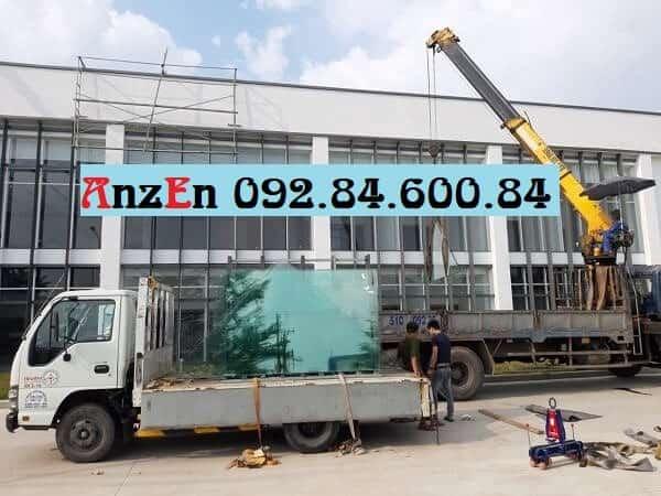 Chuyển kính xây dựng đi Nha Trang