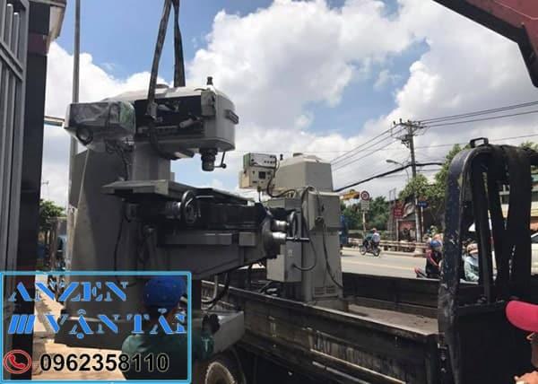 Vận chuyển thiết bị máy móc đi Hà Nội