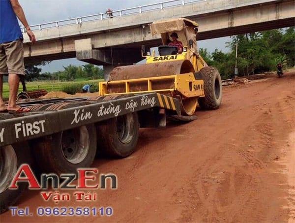 Vận chuyển xe lu đi Đà Nẵng
